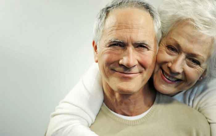El cuidado de los dientes en los mayores